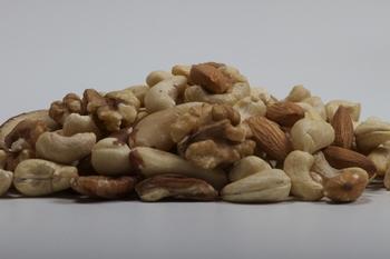 Gemengde noten rauw 200 g x 6 st  Doos